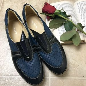 NWOB Sesto Meucci Italian Blue Slip On Shoes 9.5